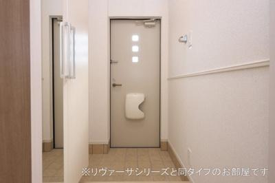 【玄関】イダマンテ