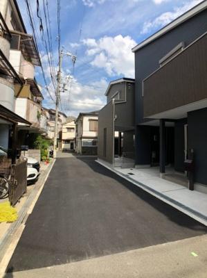 【前面道路含む現地写真】大阪市西成区南津守3丁目 新築戸建