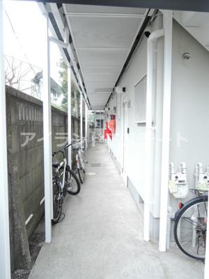 【エントランス】アリエス駒沢 礼金0 2人入居可能 駅近 ネット無料 ルームシェア相談可