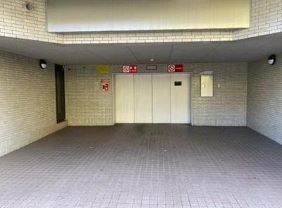 インペリアル表参道の駐車場です。