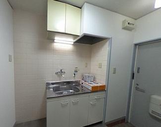 【キッチン】和歌山市栄谷2棟一括売アパート