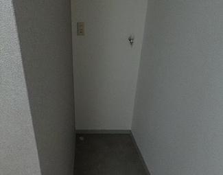 【ランドリースペース】和歌山市栄谷2棟一括売アパート