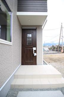 【玄関】富士市富士岡Ⅰ 新築戸建 全2棟 (1号棟)