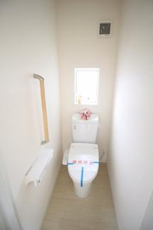 【トイレ】富士市富士岡Ⅰ 新築戸建 全2棟 (1号棟)