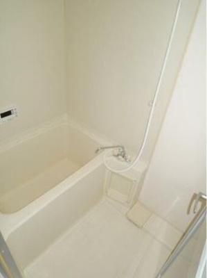 【浴室】関内ロイヤルガーデン