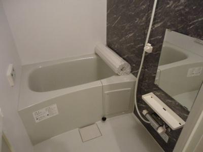 【浴室】ソレイユ神居