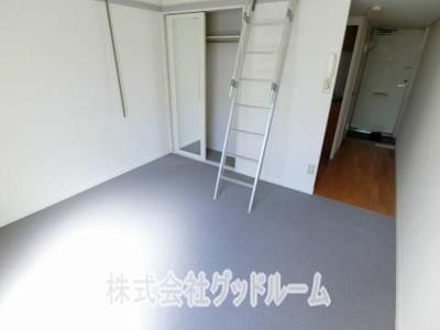 【玄関】レオパレスDEEPFOREST