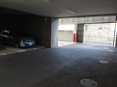 【駐車場】ボンシェール堺