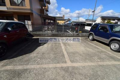 【駐車場】ヴェルディハイツ