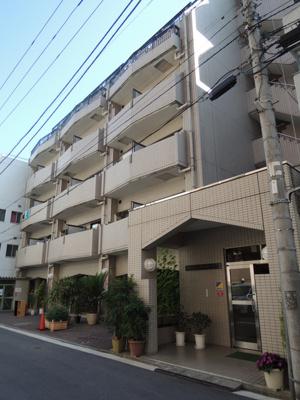石川町駅徒歩5分のマンションです