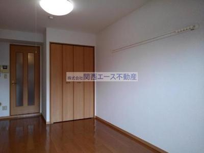 【寝室】インノバーレ桜ヶ丘