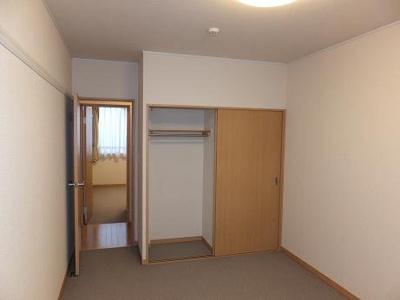 2F居室収納