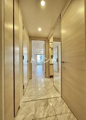 【玄関】ザパークハウス西新宿タワー60