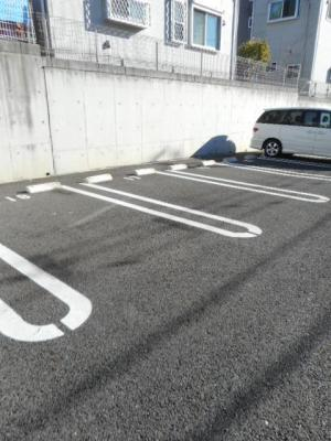 【駐車場】アジャート ビブレⅡ