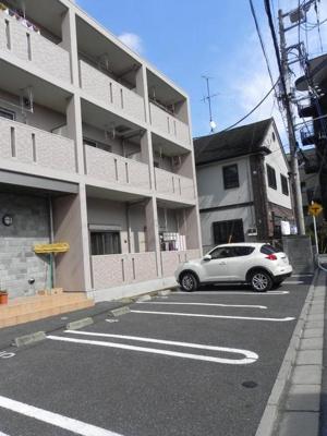 【駐車場】クレメントガーデン