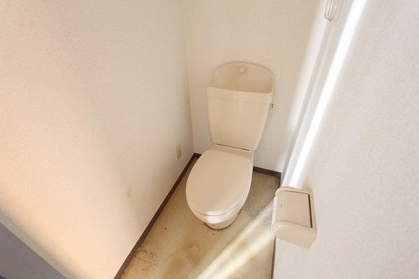 【トイレ】■サングレイス三宿