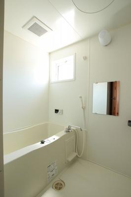【浴室】ヴィラージュ C棟