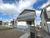 岐阜市西中島 新築建売全2棟 お車スペース4台可能!玄関吹き抜けのあるお家!食器洗浄乾燥機・勝手口の画像