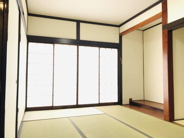 1階7.5畳 落ち着いた空間の和室です。