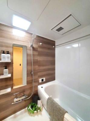 換気暖房乾燥機を搭載したユニットバスです♪水まわりを新調しているため、気持ち良くご入居いただけます!