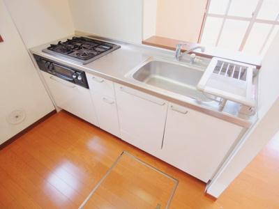 【キッチン】ウィンド ハウス A棟