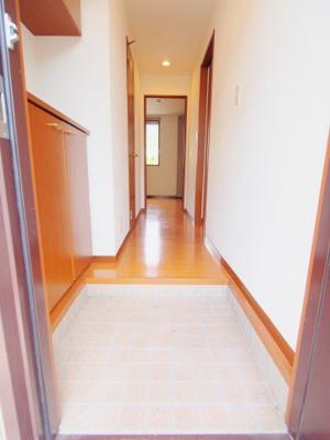 【玄関】ウィンド ハウス A棟