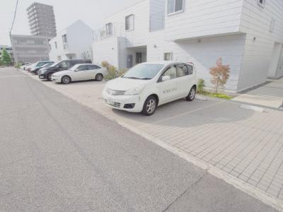 【駐車場】クロノス・ドエル C