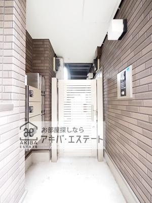【エントランス】フィオーレ小岩