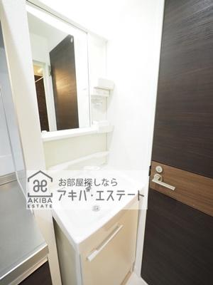 【独立洗面台】フィオーレ小岩