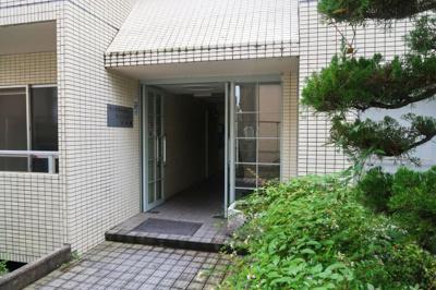 【エントランス】サンワロイヤルマンション2号館