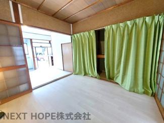 1階洋室4.5帖です♪ぜひ現地をご覧ください(^^)収益としてもいかがでしょうか?