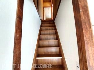 2階への階段です♪