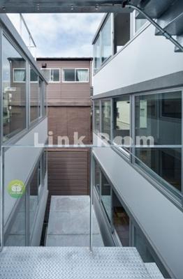 【エントランス】Mon-naka Apartment Terrace