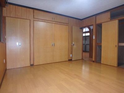 西中新田 平屋 2LDK 洋室