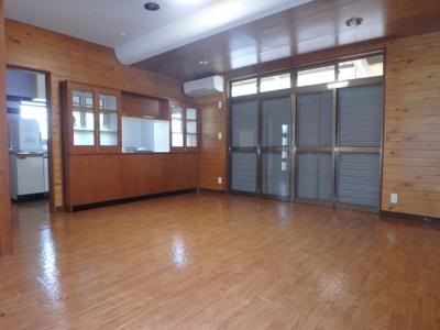 西中新田 平屋 2LDK 居間・リビング