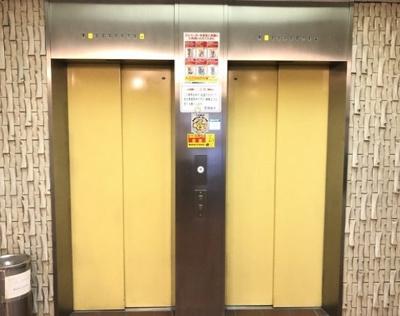 タックプラザのエレベーターです。