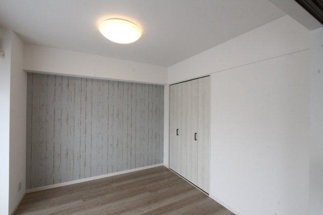 5階部分南西向き、陽当たり眺望良好!室内陽光差し込み気持ちの良い室内空間です。壁天井クロス・フローリング等交換済みのため、綺麗な室内をご利用いただけます!