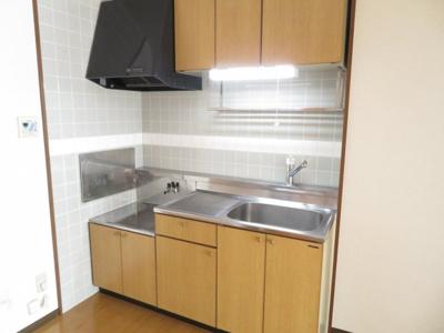 【キッチン】エム&エフ