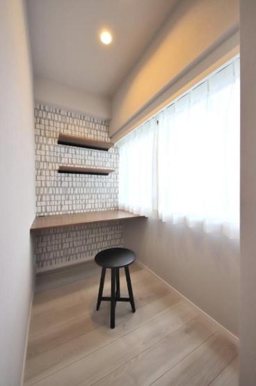 キャッスルマンション戸越公園:洋室1には窓付きテレワークコーナーが付いております!
