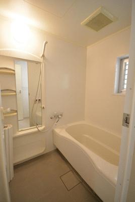 【浴室】セルヴェ西麻布