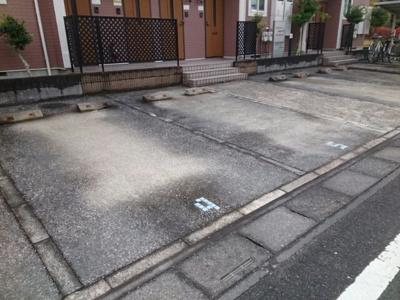 【駐車場】リヴィエ-ル・はなみずき
