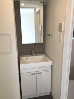 【洗面所】ルネサンスコート三軒茶屋カルム  築浅 ネット無料 浴室乾燥機