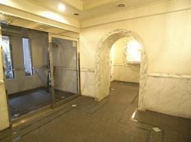 【ロビー】日神パレステージ三軒茶屋第2 バストイレ別 室内洗濯機置場 オートロック