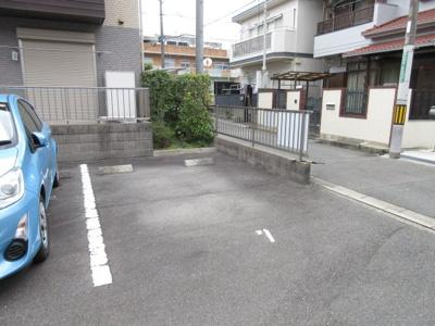 【駐車場】ヴァンセゾニエ