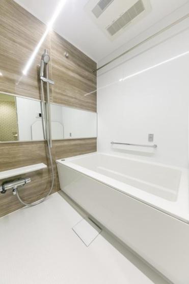 グランドメゾン川口:浴室乾燥機・追い焚き機能付き浴室です!