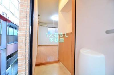 玄関からお部屋をみて*別室参考写真です