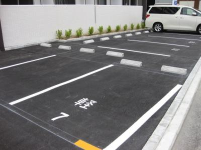 【駐車場】ドゥーロ北長尾