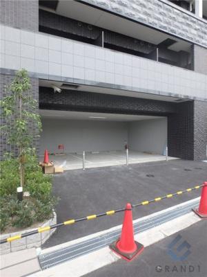 【駐車場】ララプレイス ザ・大阪リヴァージュ