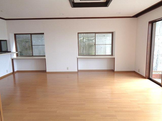 【居間・リビング】東区香住ヶ丘6丁目戸建