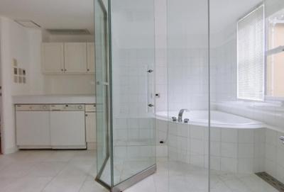 【浴室】広尾五丁目ハウス